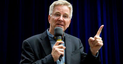Travel Guru Rick Steves Talks Up Legal Pot on Capitol Hill