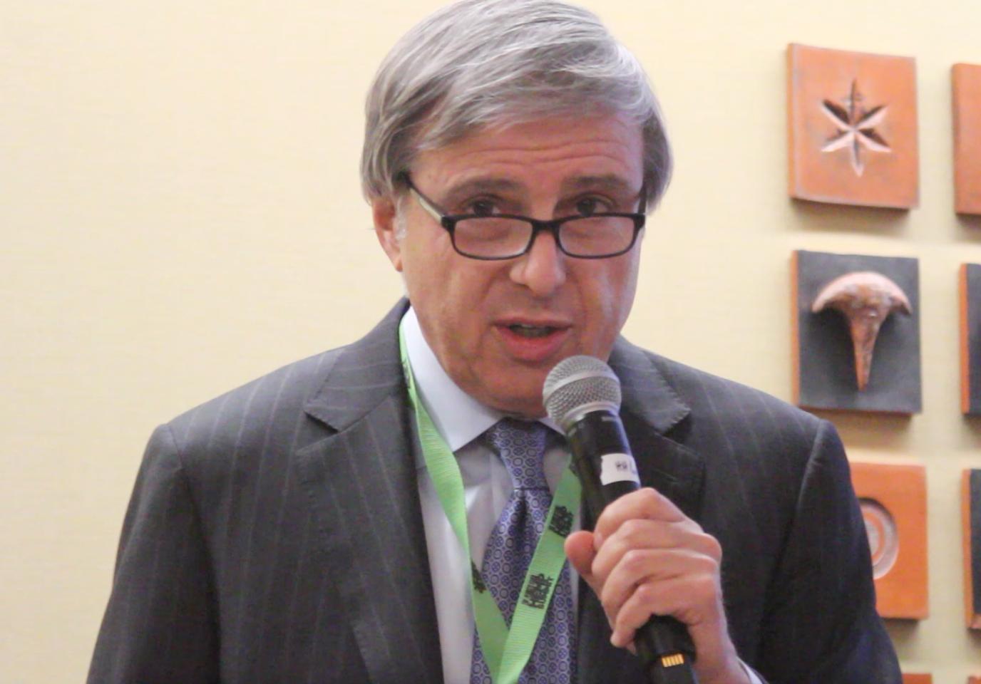 David Landau habla en la Cumbre del Cáñamo de PA